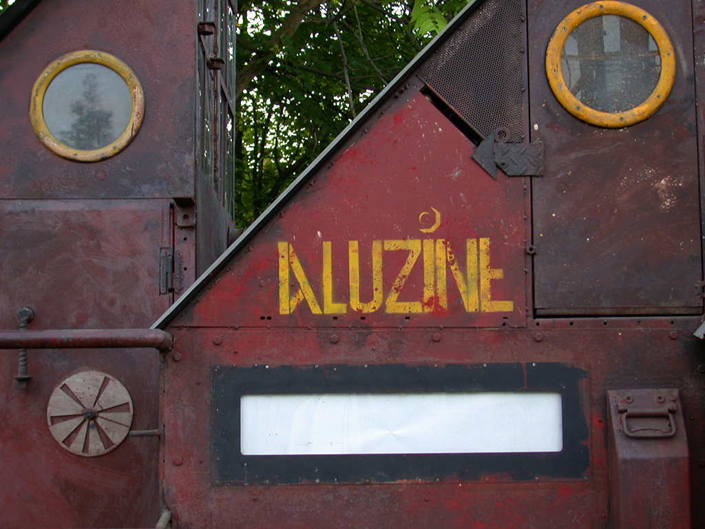 Aluzine. Une art car de Louis Perrin