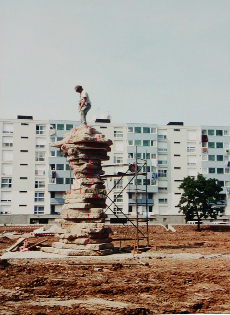 Meta. Une sculpture de Louis Perrin